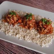 Chiński półmisek misz masz na brązowym ryżu