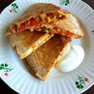 Quesadillas z kurczakiem i warzywami