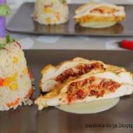 Łódeczki z kurczaka z mozzarellą i pomidorami