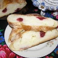 strucla drożdżowa z serem i wiśniami...