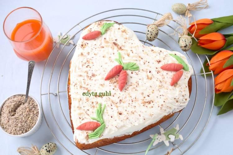 Ciasto marchewkowe z ananasem
