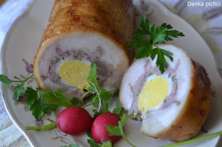 Boczek faszerowany mięsem mielonym i jajkami