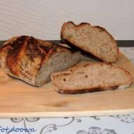 Wiejski chleb na dzikich drożdzach z wody jabłkowo - rodzynkowej - Tartine country