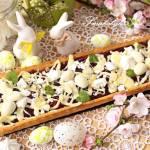 Mazurek wiśniowo-różany z białą czekoladą i bezami