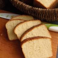 Kwietniowa piekarnia i chleb tostowy