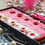 ,, Mazurek różany z białą czekoladą''