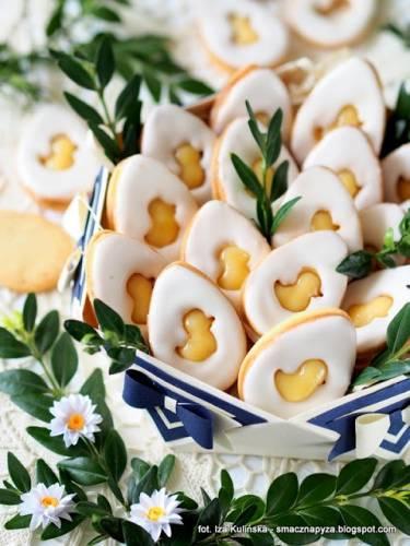 Ciasteczka waniliowe z kremem cytrynowym i lukrem