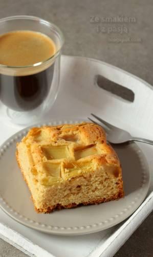 Ciasto orkiszowe z rabarbarem bez cukru