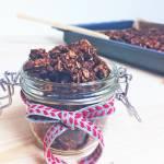 Czekoladowa granola z orzechami