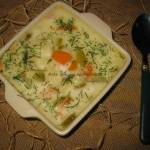 Zupa ogórkowa z makaronem