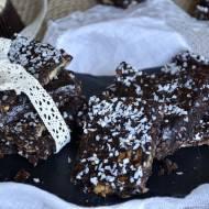 Czekoladowe ciastka owsiane bez pieczenia