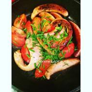 Kiełbasa smażona na śniadanie lub kolację
