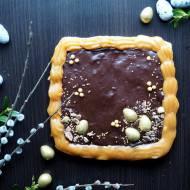 Mazurek czekoladowy z masą krówkową