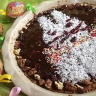 Mazurek paryski z polewą czekoladową