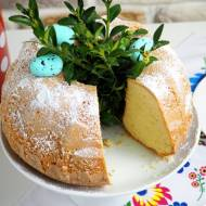 Babka majonezowa z szafranem
