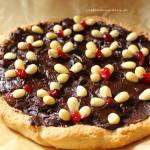 Mazurek migdałowy z żurawiną i czekoladą