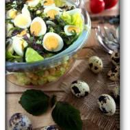 Pachnąca pachnotka – sałatka z pachnotką, ciecierzycą, pomidorkami i jajami przepiórczymi