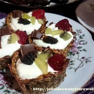 Babeczki bananowo-owsiane z masą jogurtową