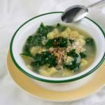 Zupa ziemniaczana z kaszą jęczmienną i jarmużem. Energia odNova - co o niej wiesz?