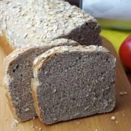 Nocny chleb pełnoziarnisty