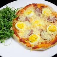 Pizza z jajem