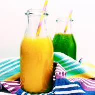 Śniadaniowy koktajl z mango, gruszki i pomarańczy