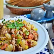 Mięso mielone z ziemniakami i słonecznikiem - danie z jednej patelni