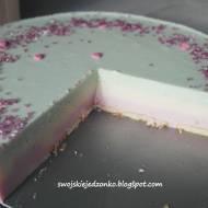 Pastelowy deser serowy