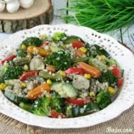 Warzywa z kaszą quinoa