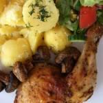 Udźce kurczaka pieczone z pieczarkami
