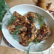Pieczone udka z kurczaka w marynacie czosnkowo paprykowej.