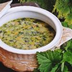 Majowa zupa z pokrzywą
