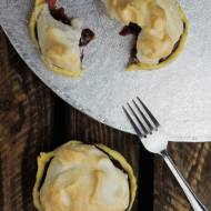 Mini tarty z wiśniami i bezą
