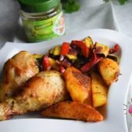 Pałki z kurczaka z warzywami w marynacie aromatyczne zioła