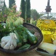 Cukinie zapiekane z czosnkiem,serem i oliwą