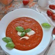 Krem pomidorowy z czerwoną soczewicą i kurczakiem