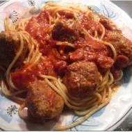 """Spaghetti z klopsikami w sosie pomidorowym z """"Ojca Chrzestnego"""""""