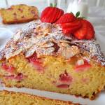 Ciasto z truskawkami, ricottą i migdałami (Plumcake alle fragole, ricotta e mandorle)