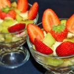 Owocowa sałatka z kaszą jaglaną