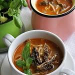 zupa ze smardzami i wieprzowiną