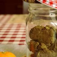 Zielona mąka i kruche ciasteczka. Słodkie i zdrowe ciacha dla niemowlaka.