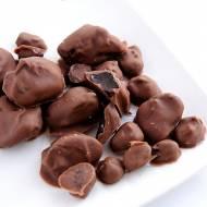 Suszone śliwki, żurawina i rodzynki w czekoladzie