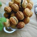 Ciasteczka orzeszki z nadzieniem z płatków owsianych.