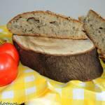Chleb pszenny na zakwasie pszennym z pokrzywą