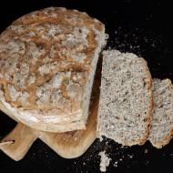 Chleb pszenno gryczany z prażonym słonecznikiem