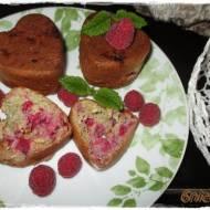 dietetyczne muffiny z malinami