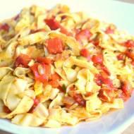 Makaron sojowy z sosem paprykowym - wegańsko i bez glutenu :)