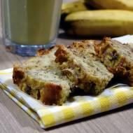Chleb bananowy z orzechami laskowymi i czekoladą (banana bread)