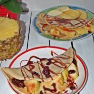 Naleśniki ciecierzycowo-orkiszowe z owocami