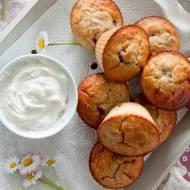 Owsiane muffiny z malinami i kremem z ricotty